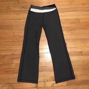 Lululemon dark grey workout pants - sz 6